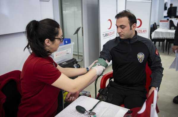 Emniyetten kan bağışına destek
